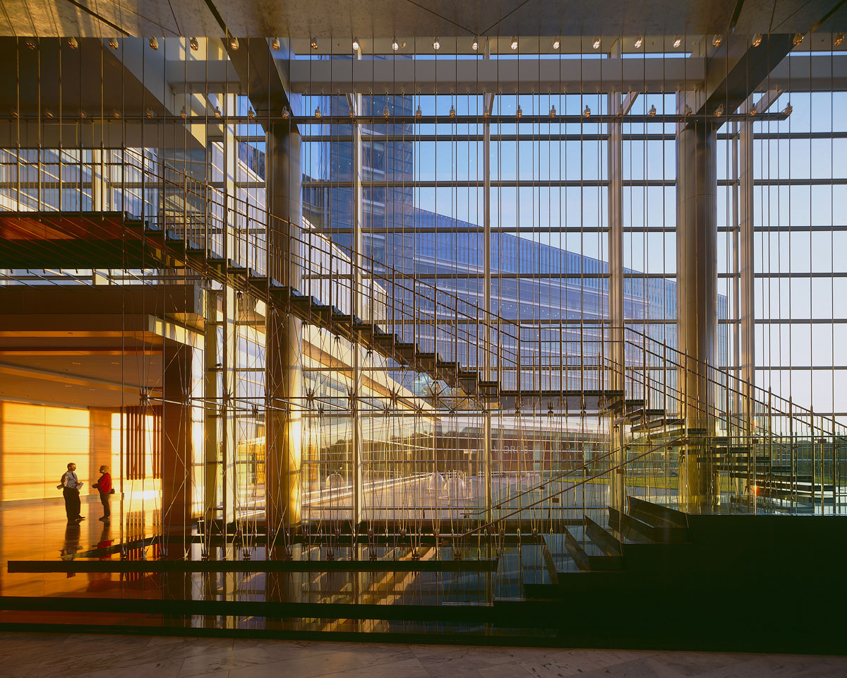 gannett_usa-today-headquarters--atrium_hres_web